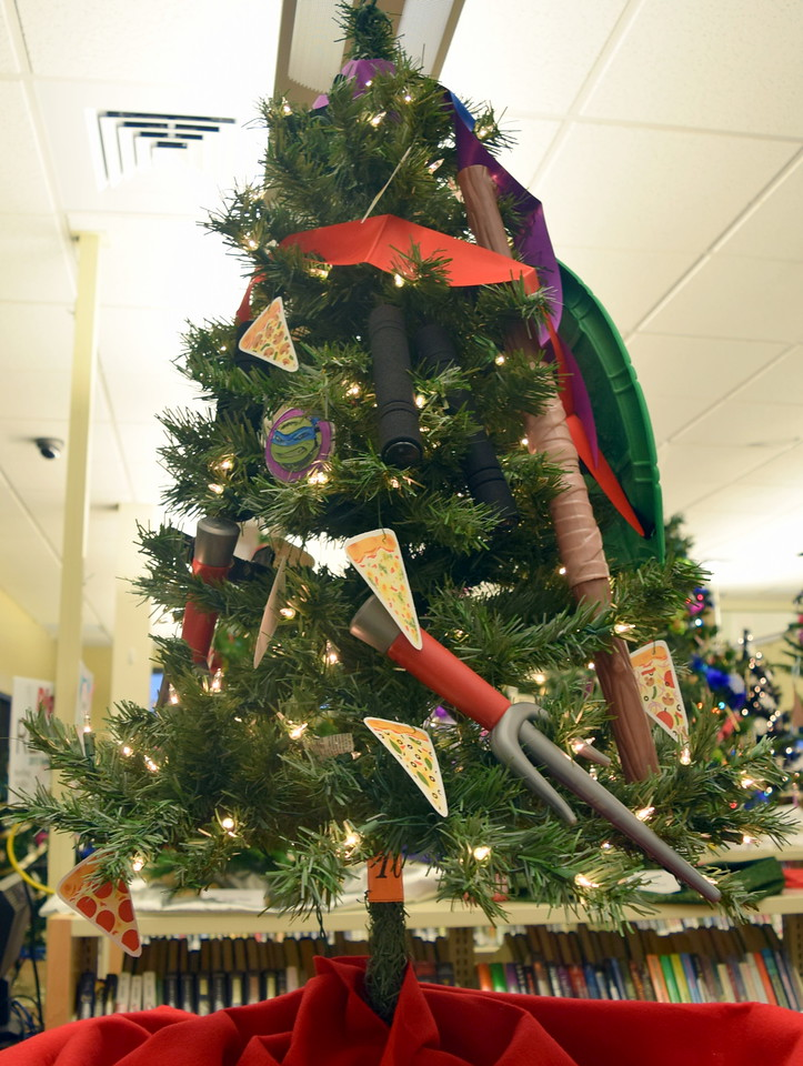 Erica Kallsen's tree at Sterling Public Library's 2017 Parade of Trees.
