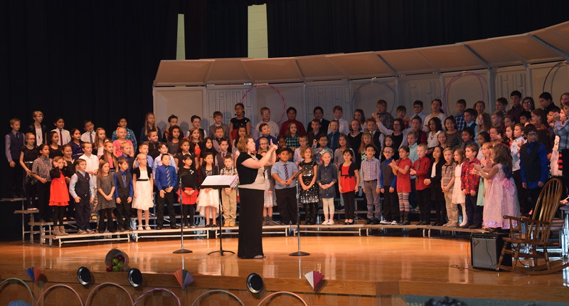 "Campbell Elementary third grade singers perform ""Mr. Turkey,"" under the direction of Janelle Nicolaus, during their ""American Folk Songs"" program Tuesday, Nov. 29, 2016."