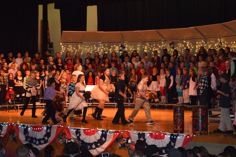 "Campbell Elementary fourth grade singers perform ""Yankee Doodle"" at the school's ""Yankee Doodle's Dandy Christmas"" program, Thursday, Dec. 8, 2016."