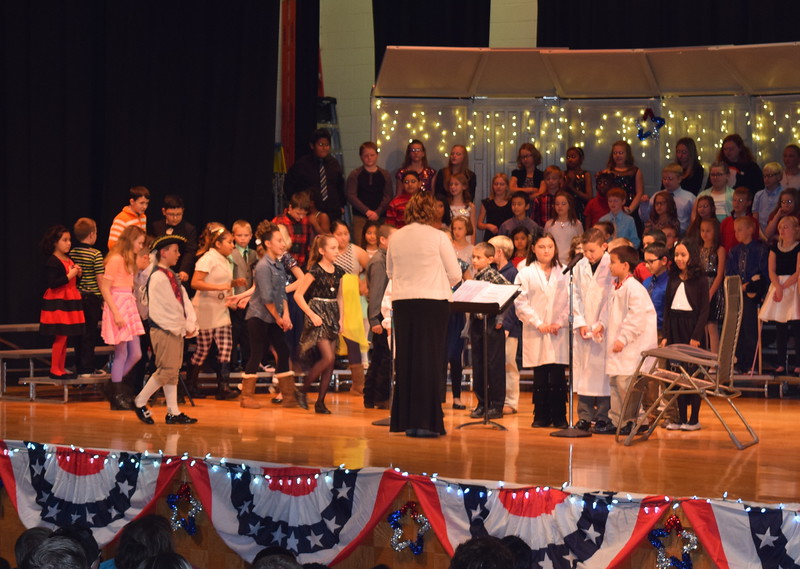 "Studenst tried to get Yankee Doodle to see a dentist when it was discovered he had a toothace from eating too much Christmas candy at Campbell Elementary's ""Yankee Doodle's Dandy Christmas"" program, Thursday, Dec. 8, 2016."