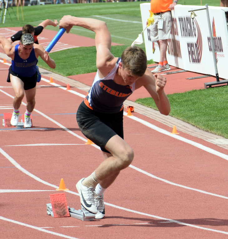. Bryce Gilliland of Sterling High School gets out of the blocks during the 4 x 200 meter relay race in Lakewood over the weekend. (photo by Kyle Inman)