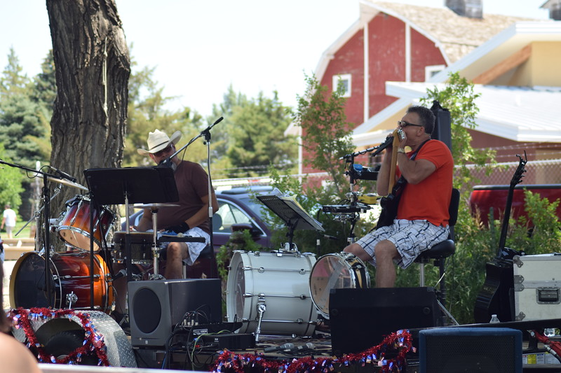 Exit 125 -- Richard Ontiveros (left) and Dennis Fuller -- perform on the Heidi Park stage during the 2017 Heritage Festival