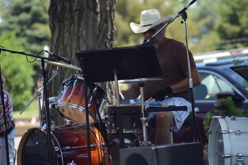 Richard Ontiveros of Exit 125 performing at the 2017 Heritage Festival