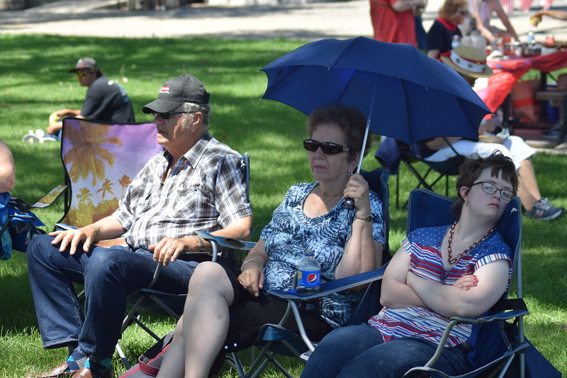 Guests enjoy the live music in Heidi Park during the 2017 Heritage Festival.