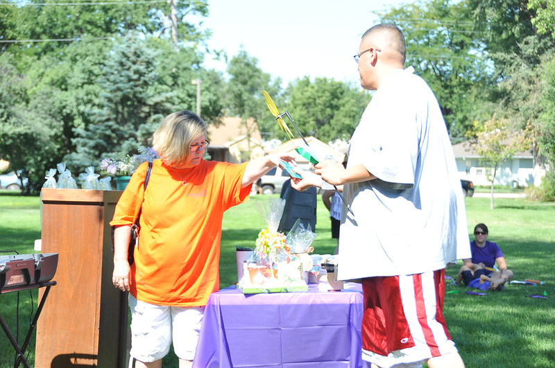 A number of door prizes from local businesses were handed out at the Walk to End Alzheimer's Saturday, Aug. 26, 2013, at Columbine Park.