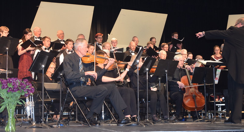 """Master Chorale and Sterling High School Jazz Choir members perform """"Iriving Berlin's America"""" at the chorale's 28th annual Spring Concert Sunday, May 5, 2019."""