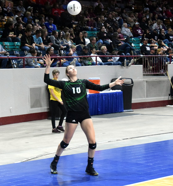 Kendyl Kirkwood serves during the championship game on Saturday.