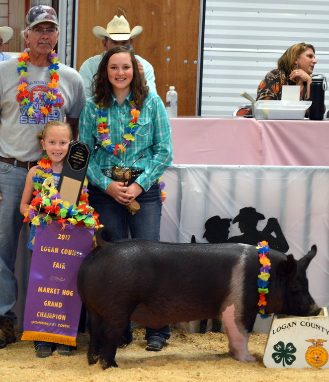 . Alli Stromberger, Grand Champion Market Swine, purchased by Circle L Irrigation.