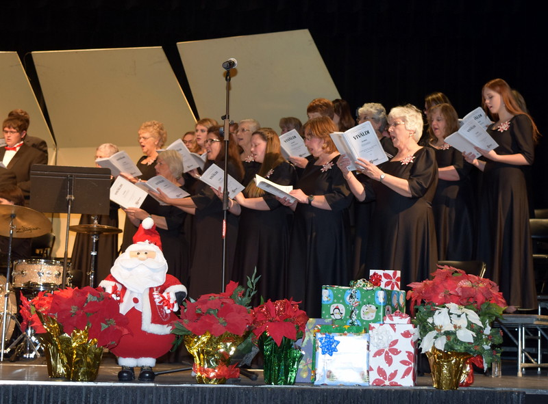 "Master Chorale members perform ""Gloria In Excelsis,"" under the direction of Don Johnson, during their 25th Noel Christmas Concert, Sunday, Dec. 11, 2016."