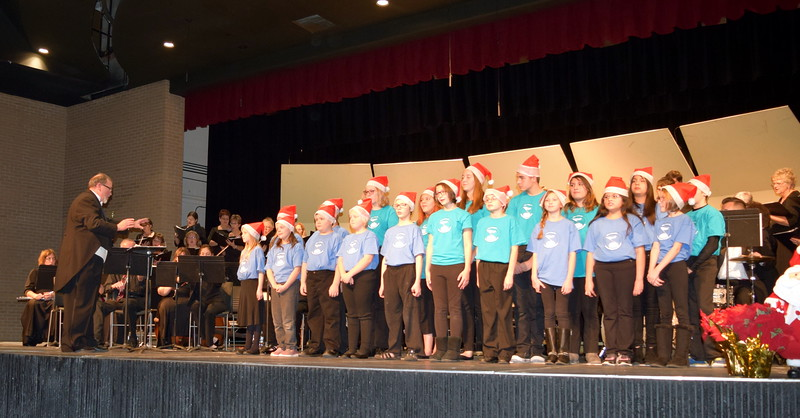 "The Master Chorale and the RE-1 Valley Children's Chorale perform ""Star Carol"" at the 25th Noel Christmas Concert, Sunday, Dec. 11, 2016."