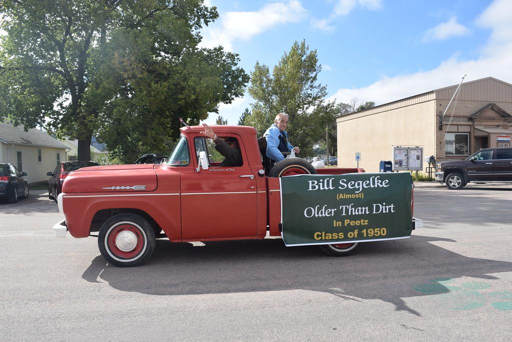 """. Bill Segelke represented the Peetz High School Class of 1950 in the Peetz Sake Days \""""Still on the Hill\"""" Centennial Parade Saturday, Sept. 30, 2017."""