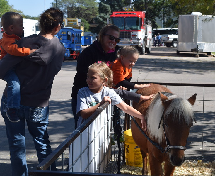 The annual Sugar Beet Days festival Saturday, Sept. 16 and Sunday, Sept. 17, 2017, at the Logan County Courthouse Square featured craft and food vendors, entertainment for the children and musical acts.