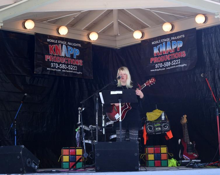 Shaley Scott provides musical entertainment at Sugar Beet Days Saturday, Sept. 16, 2017.