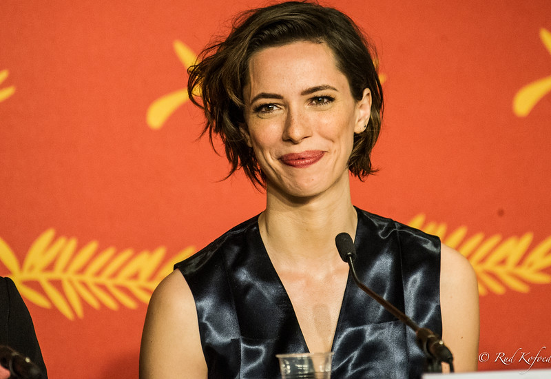 REBECCA HALL - DRONNINGENS FRISKE STUEPIGE MARY