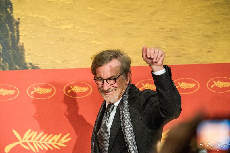 MERE END 30 EFTER 'E.T.' KOMMER SPIELBERG MED 'BFG'