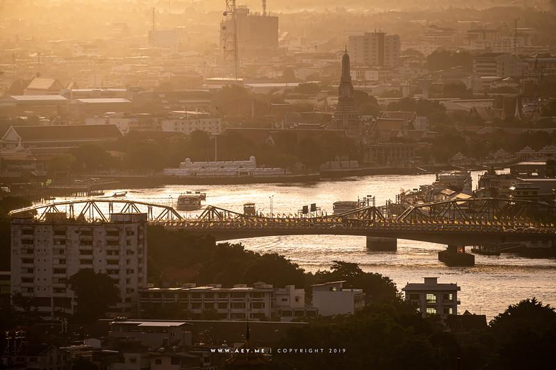 Wat Arun view from Yao Rooftop Bar