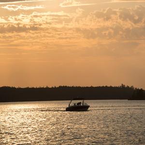 lake12024.jpg