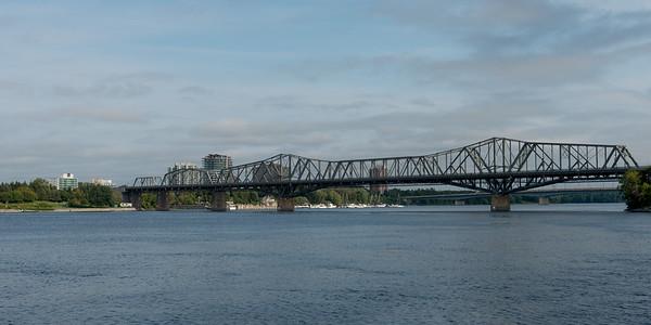 Alexandra Bridge, Ottawa River, Ottawa, Ontario, Canada