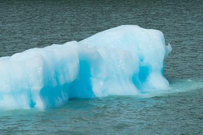 Iceberg in lake, Lake Argentino, Los Glaciares National Park, Santa Cruz Province, Patagonia, Argentina
