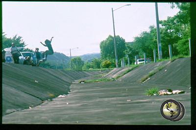 HAROLD TOMLINSON, EL SALVADOR