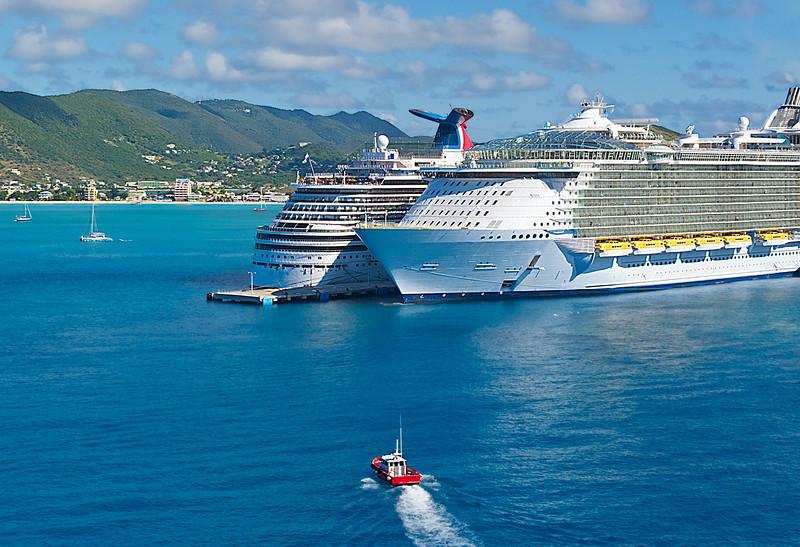 Pilot Boat and Cruise Ships; St. Maarten
