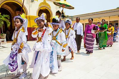 Mahamuni Pagoda complex in Mandalay