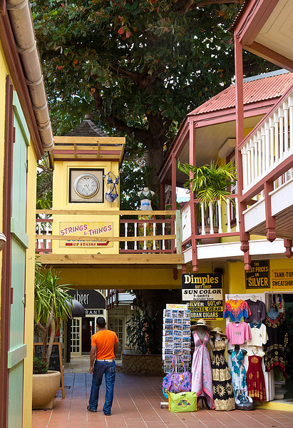 "Shopping ""Mall"" - Philipsburg, St. Maarten"