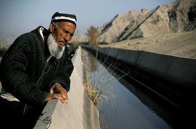 A Shartus farmer, widower who lost his wife in the civil war is trying to make a living by farming, as there is no food available after the war. Hence, he is checking the level of the water. Tazikistan; Shartus