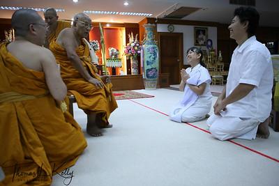Phra Dhakkinmoli relic