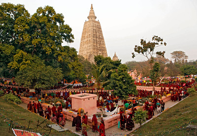 Buddhist pilgrims at the Mahabodhi Temple.
