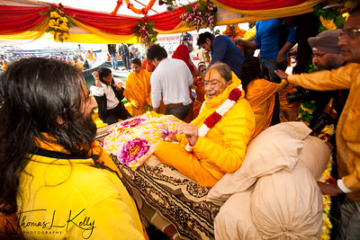 Jagatguru Kripaluji Maharaj, 5th original  incarnation of Krishna attends Kumbha Mela in Allahabad, India.