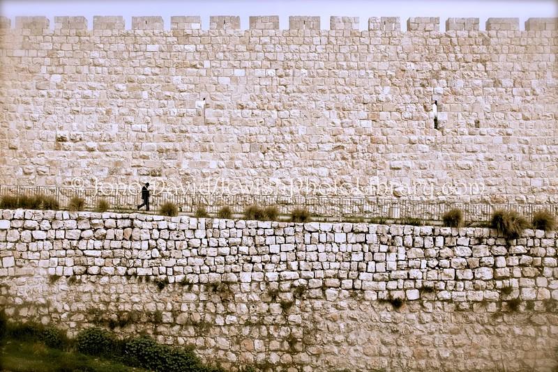IL 3505  City walls near Jaffa Gate, JERUSALEM