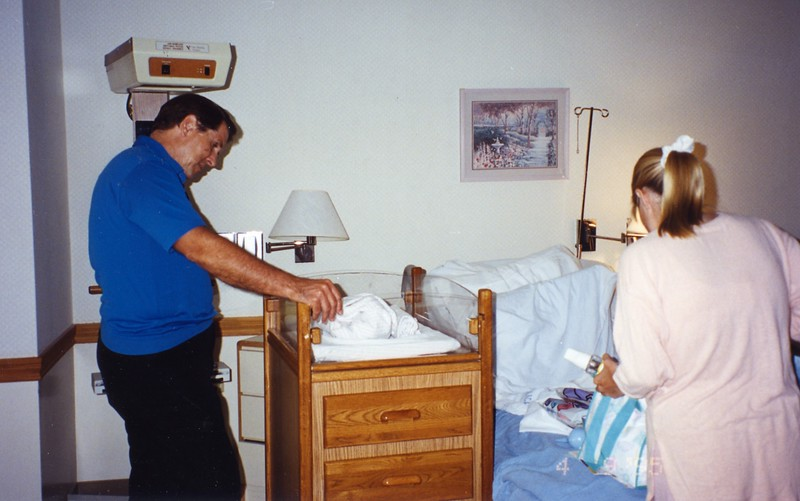 Lisa giving birth to Paul Cotton at Los Alamitos Hospital on April 7, 1995. Delivery performed by Dr. Hansen.