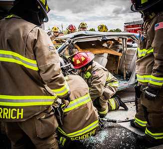 Mountain Vista Fire with Golder Extrication