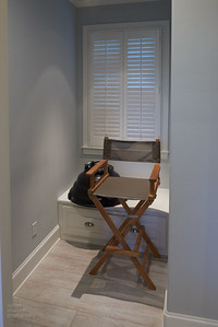 MAKEUP CHAIR ALCOVE