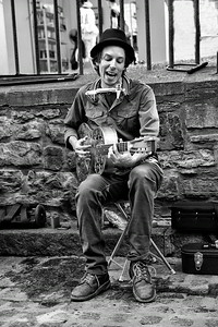 Street Performer Quebec City