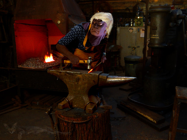 Misshaku Kongō at the Forge