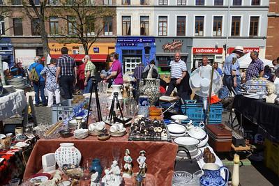 Marolles Flea Market - Place du Jeu de Balle