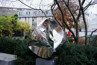 St Paul's Cathedral - Polished Metal Sculpture