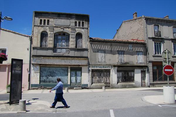Derelict Restaurant in Bram