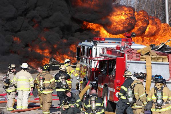 Darien Woodridge 211 Alarm Fire w/ Chicago FD Foam Task Force Response I-55 @ Lemont Road April 02,2008