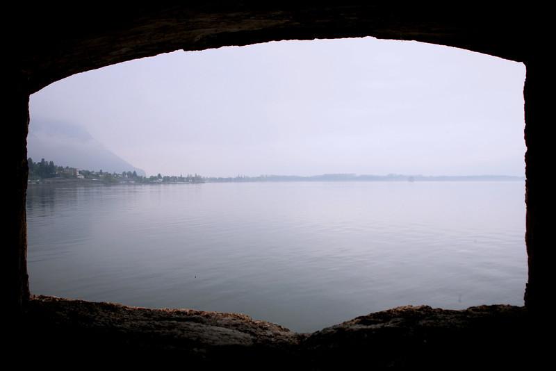 Des caves, vue sur le lac Léman.