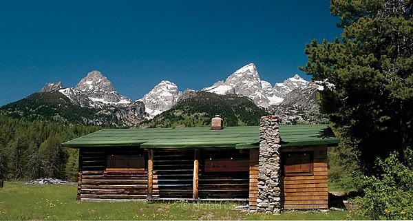 Geraldine Lucas cabins