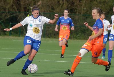 Chloe van Mingeroet of KAA Gent Ladies - Ella Vierendeels of KAA Gent Ladies B