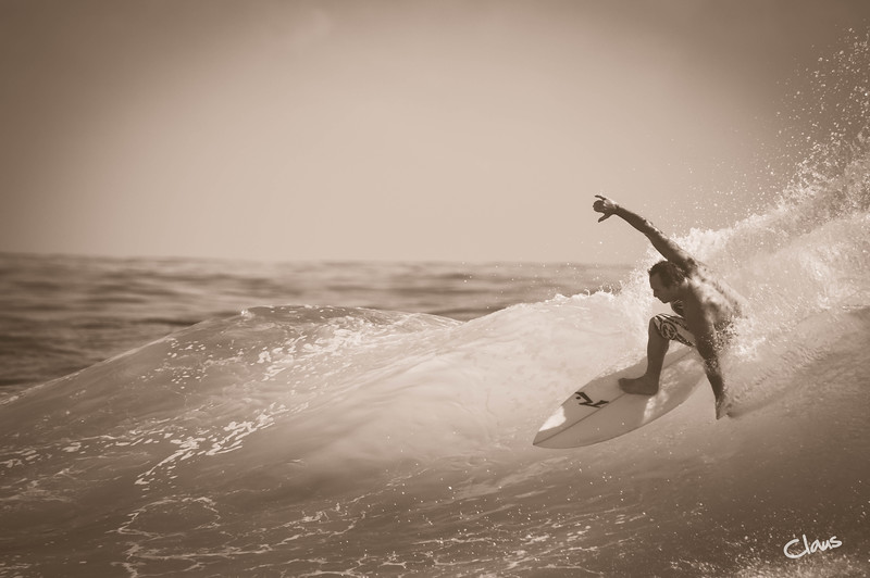 Coolangatta Surfing - Australia