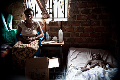 mother and a young woman suffering from TB and HIV