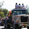 Parade 402