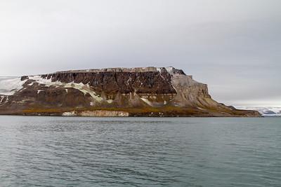 033 Lomfjorden Svalbad © David Bickerstaff