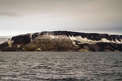 032 Lomfjorden Svalbad © David Bickerstaff