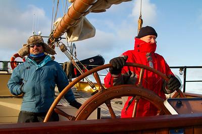 025 Jan and Pieter steering the Noorderlicht © David Bickerstaff